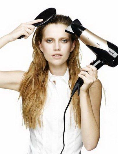 Как в домашних условиях выпрямить волосы феном и расческой