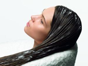 Как вывести черный волос профессиональными методами и домашними средствами