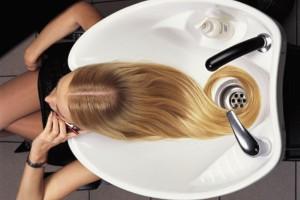 Пилинг кожи головы - лучший способ укрепления волос