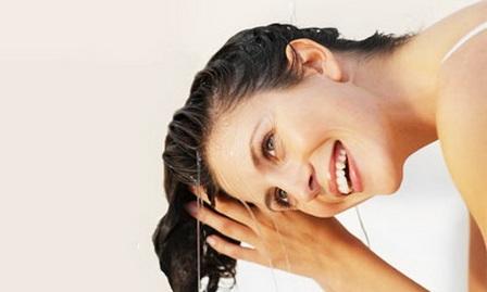 Как лечить выпадение волос? Лекарствами и народными средствами