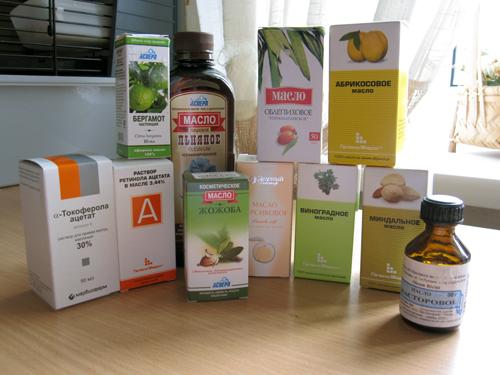 Уход за ресницами с помощью масел и витамин