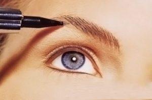Волосковый метод татуажа